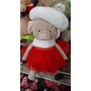 Мягкая игрушка Свинка в шапочке