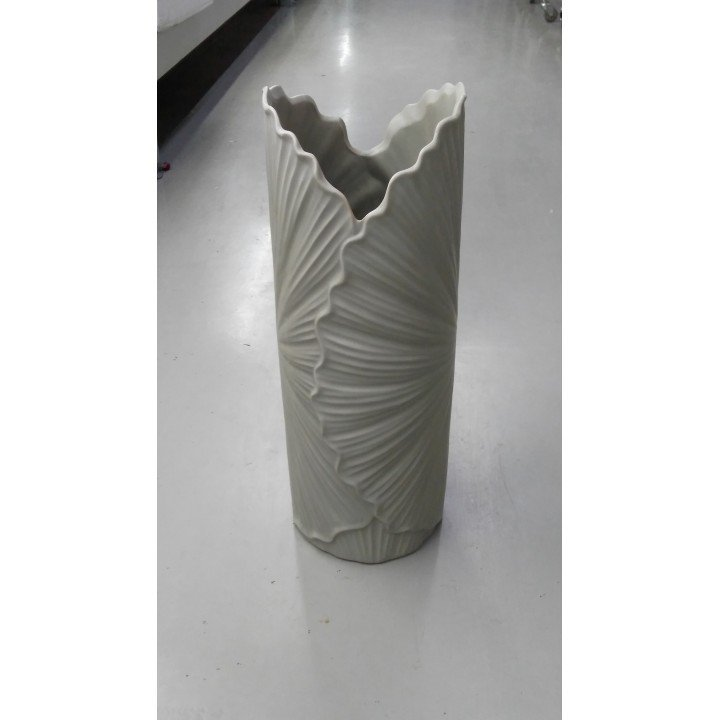 Керамическая ваза узкая Веер
